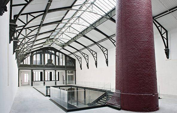 Réhabilitation d'une ancienne fonderie. Uniqlo Paris